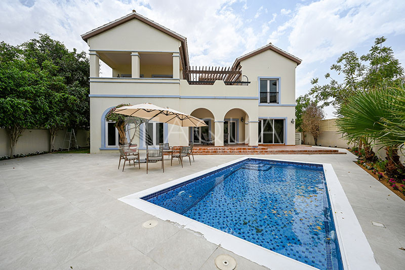 Valencia | Large Plot | Private Pool | Immaculate