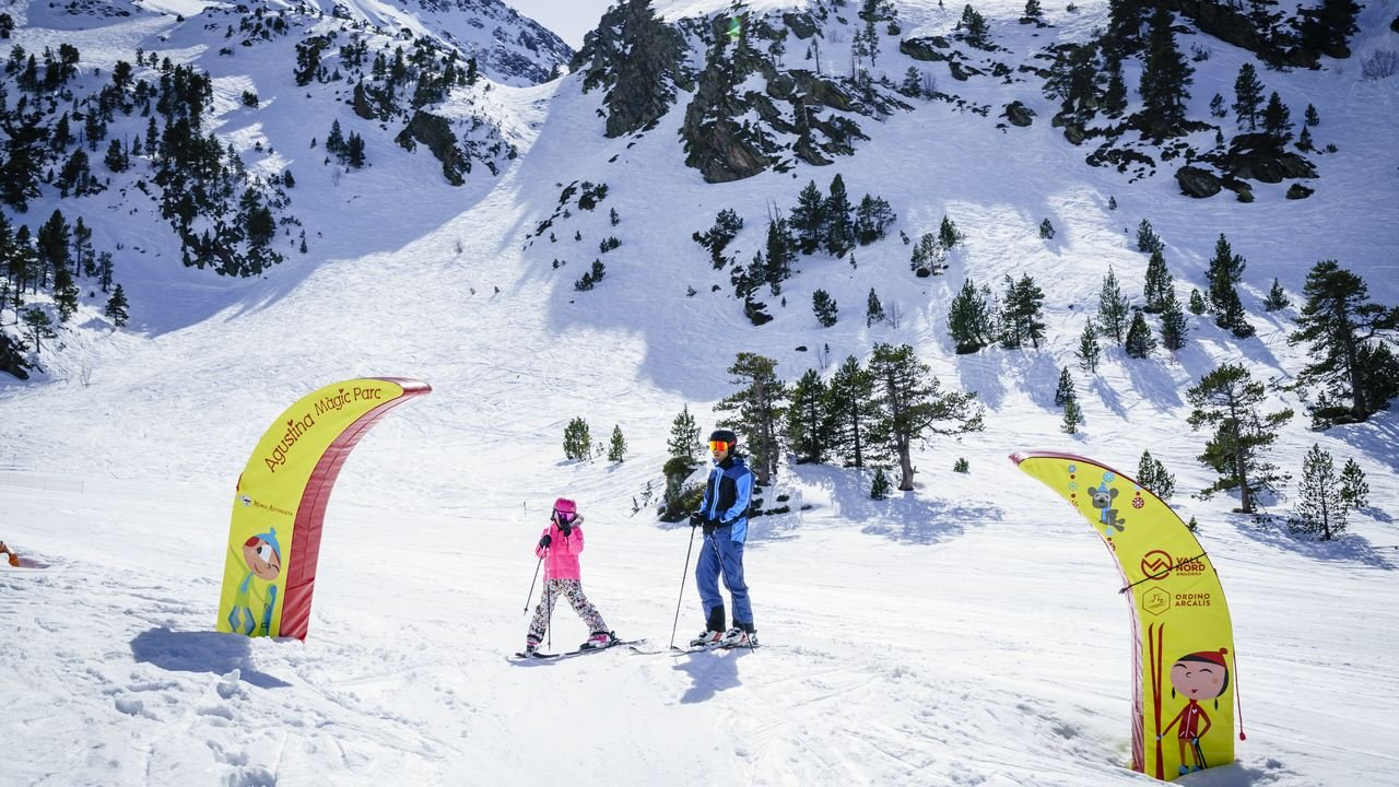 Alquiler material esquí Andorra: Gama excellence. - Alquiler material de esquí - snow