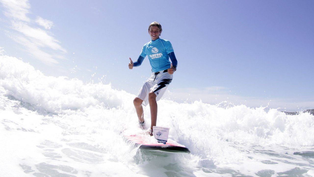 Private surfing lessons learn to surf newcastle private surfing lessons geenschuldenfo Choice Image
