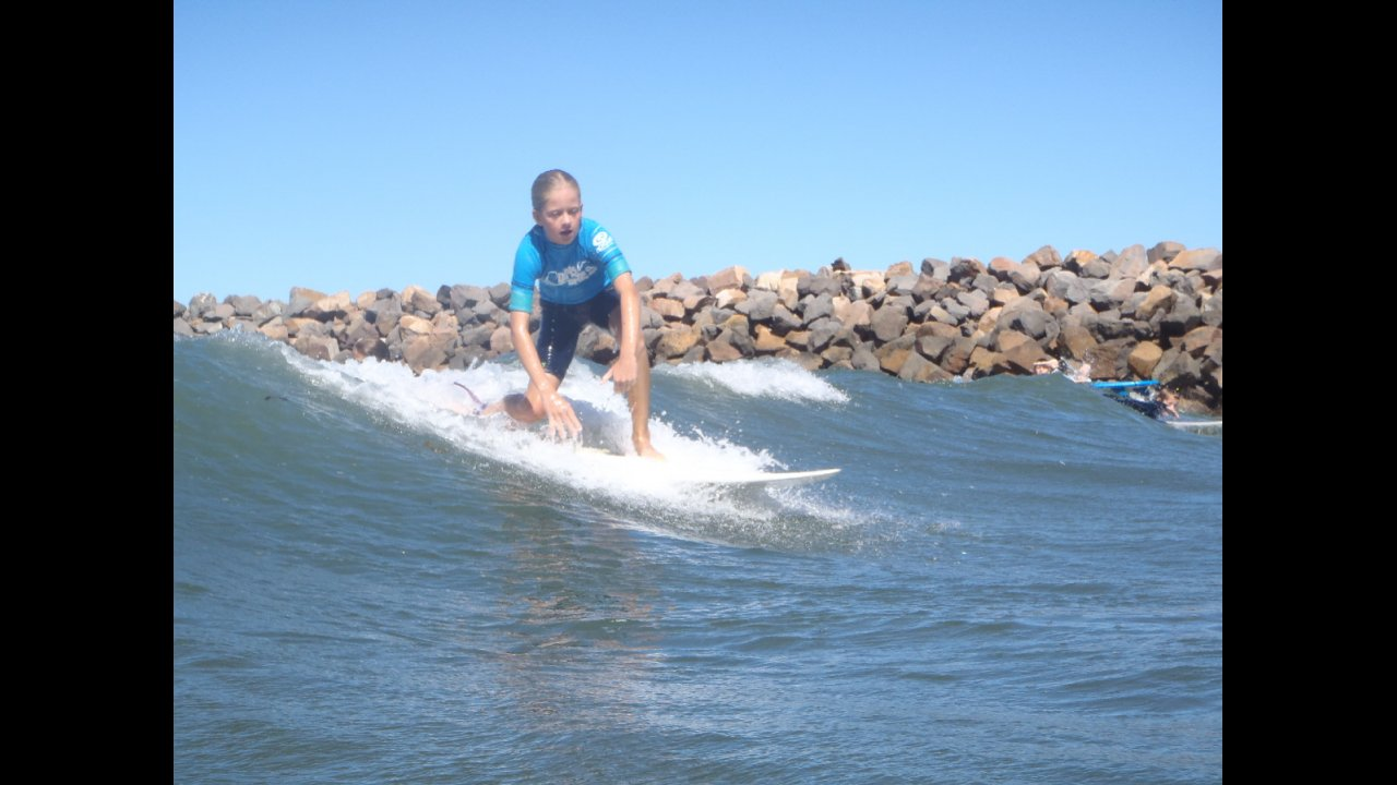 Group lessons learn to surf newcastle geenschuldenfo Choice Image