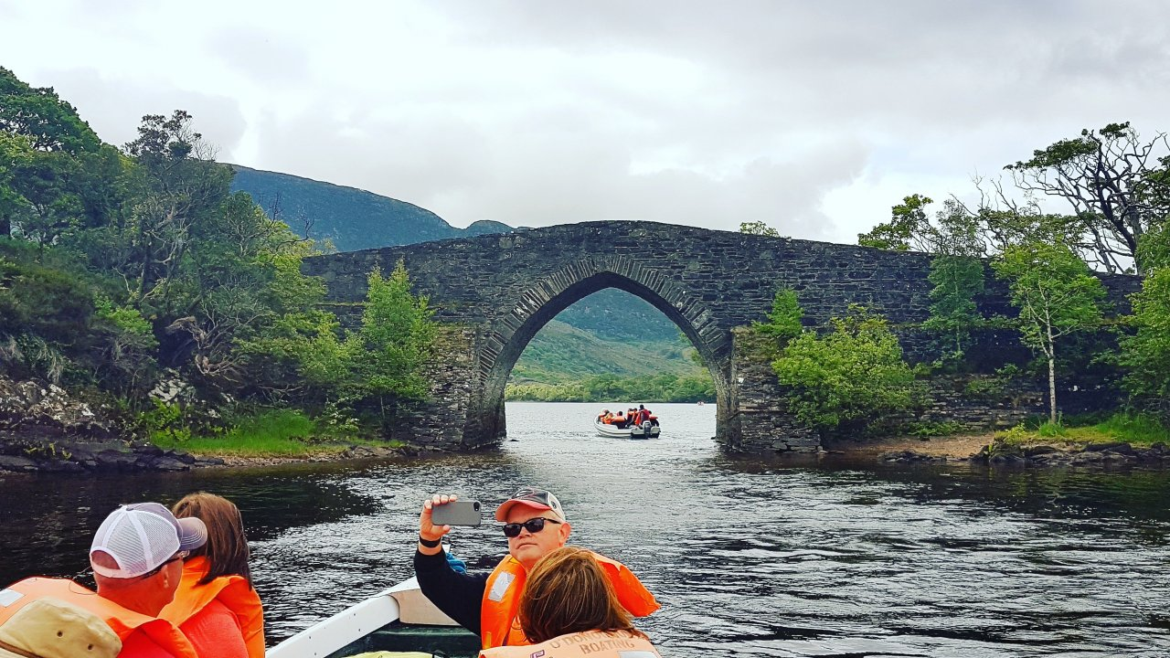 boating on the lakes of killarney