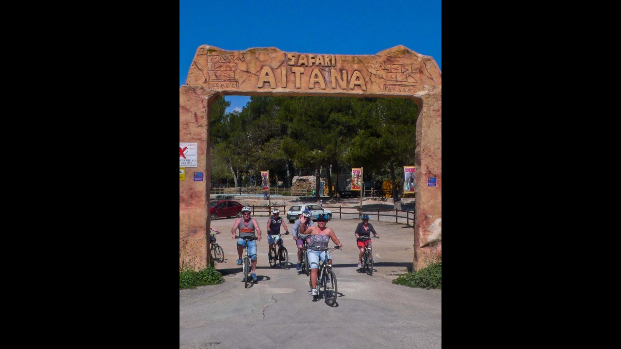 Leaving the Safari Aitana Park!