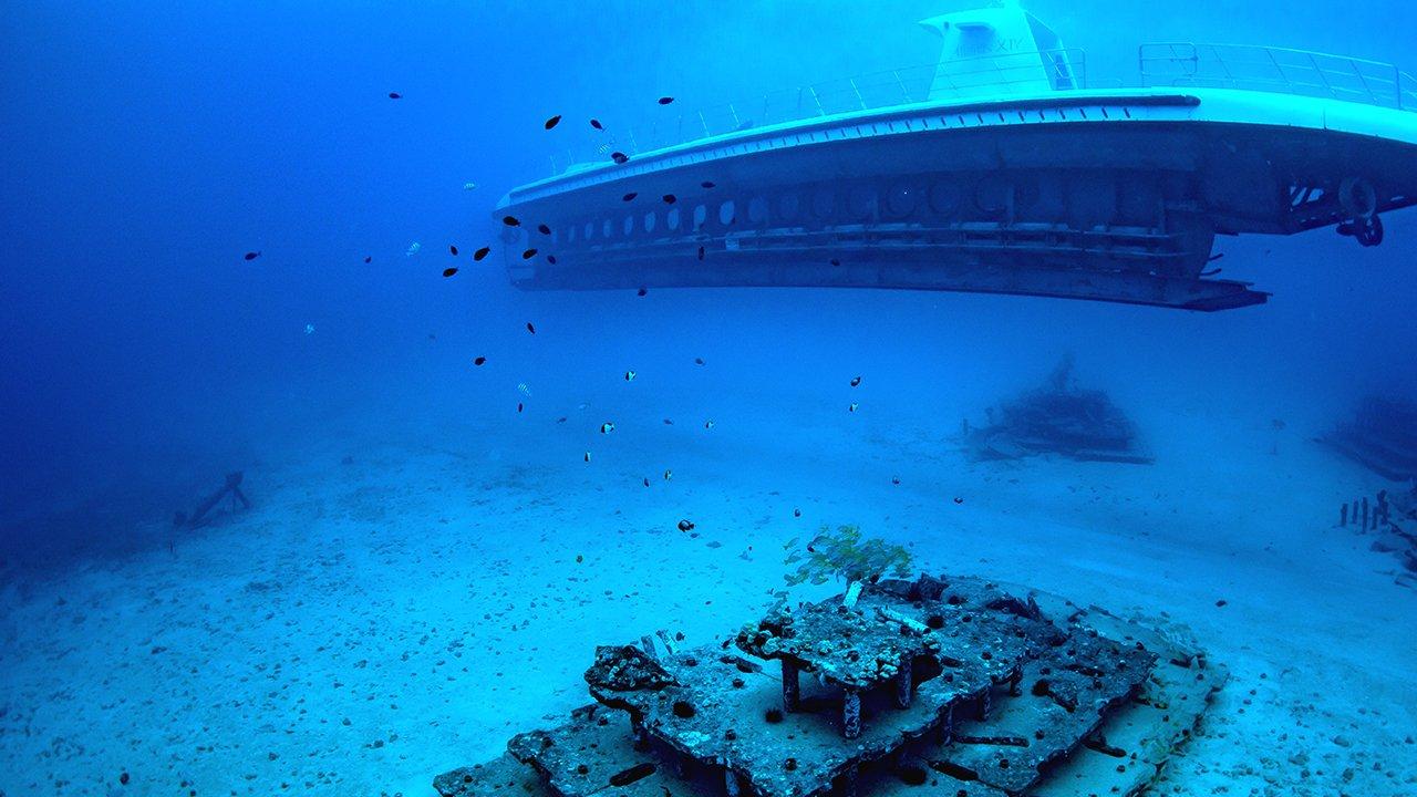 アトランティス潜水艦ツアー