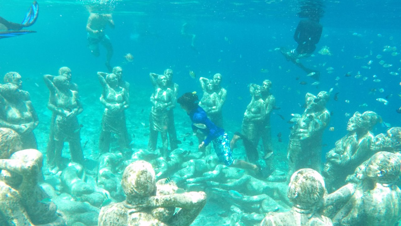 Gili Underwater Sculpture