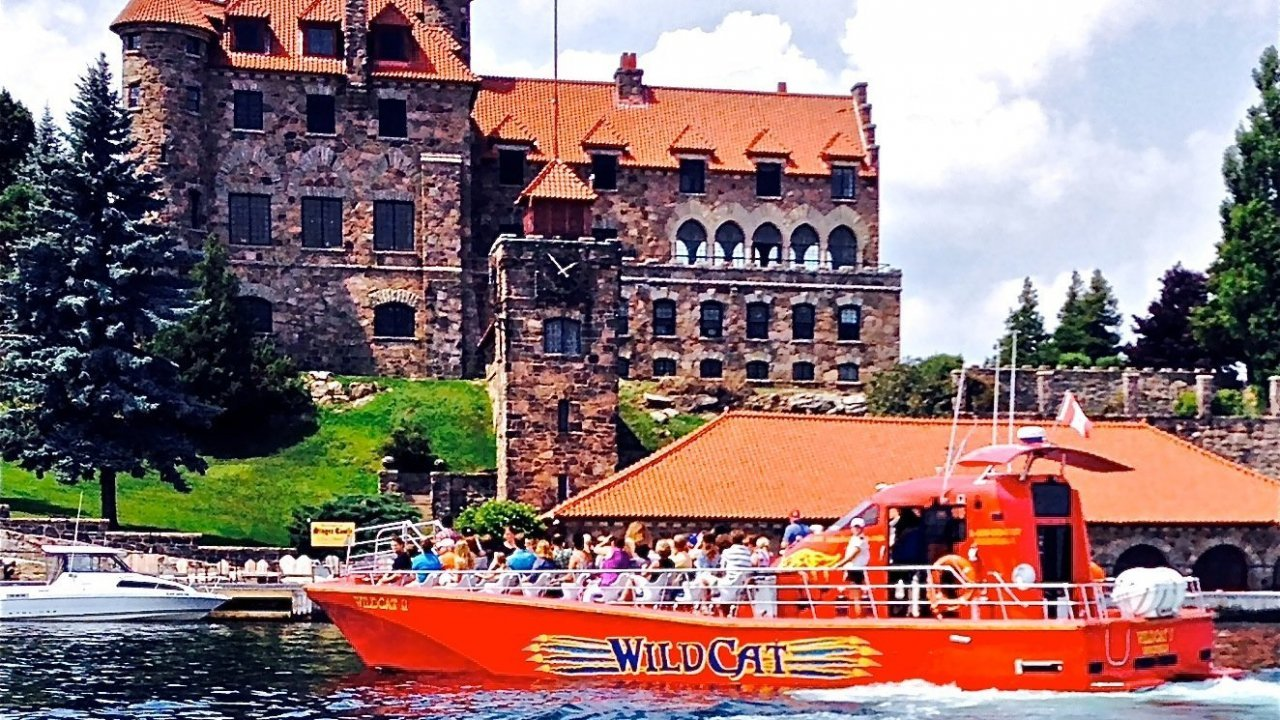 WildCat at Singer Castle