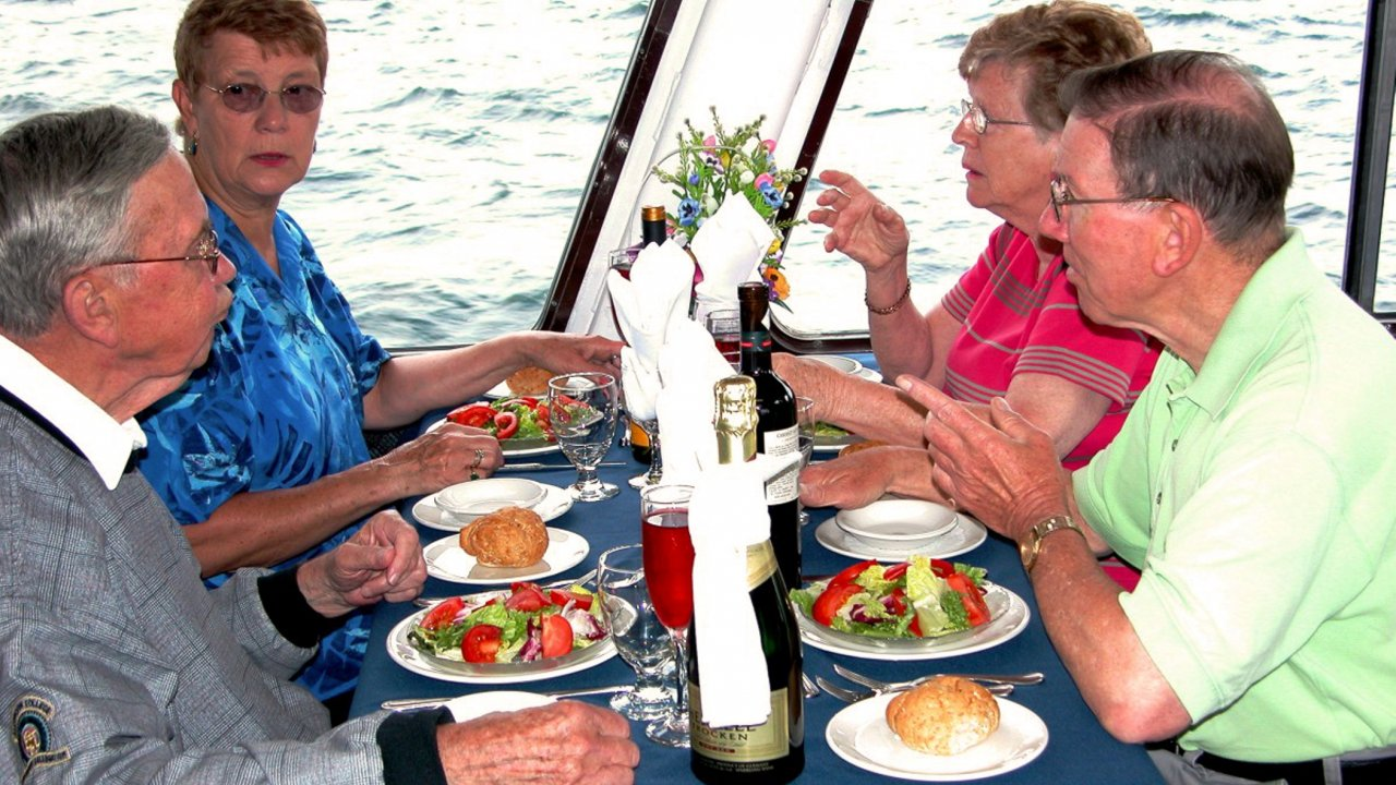 Dining on the Sea Fox