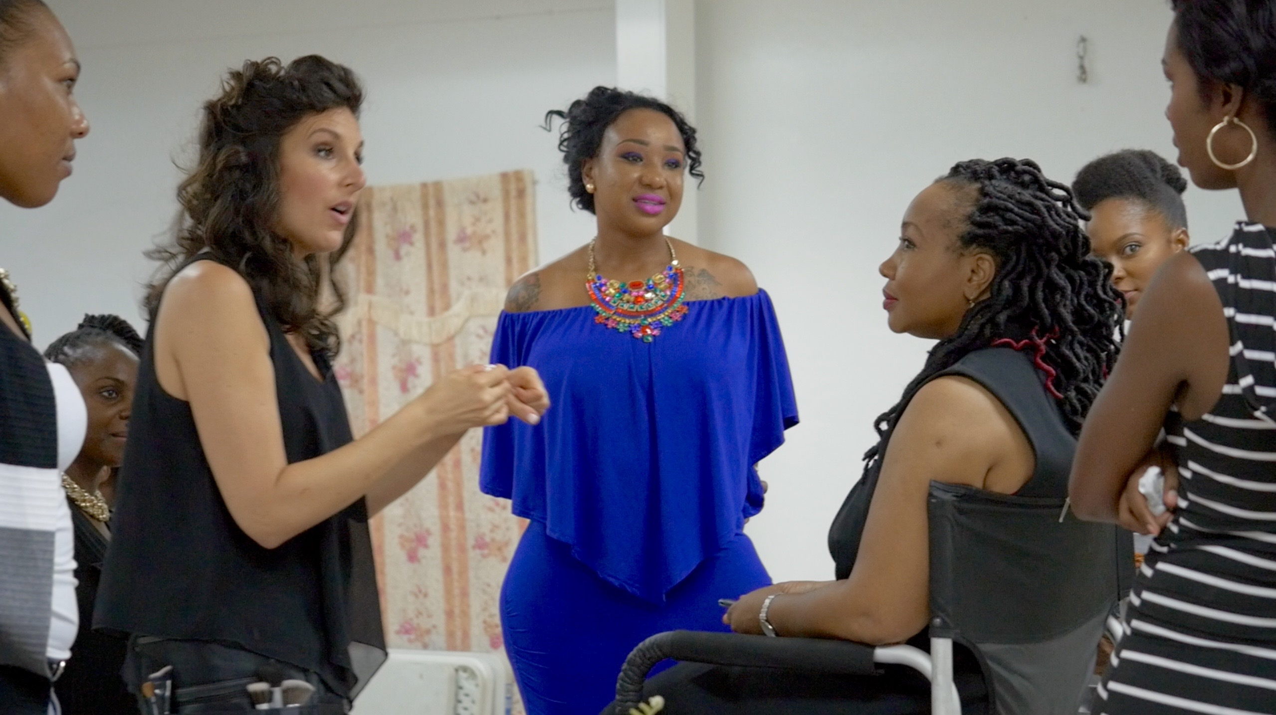 Actress/Activist Tours The World With Makeup Chair To Connect Cultures, Lift Up Women