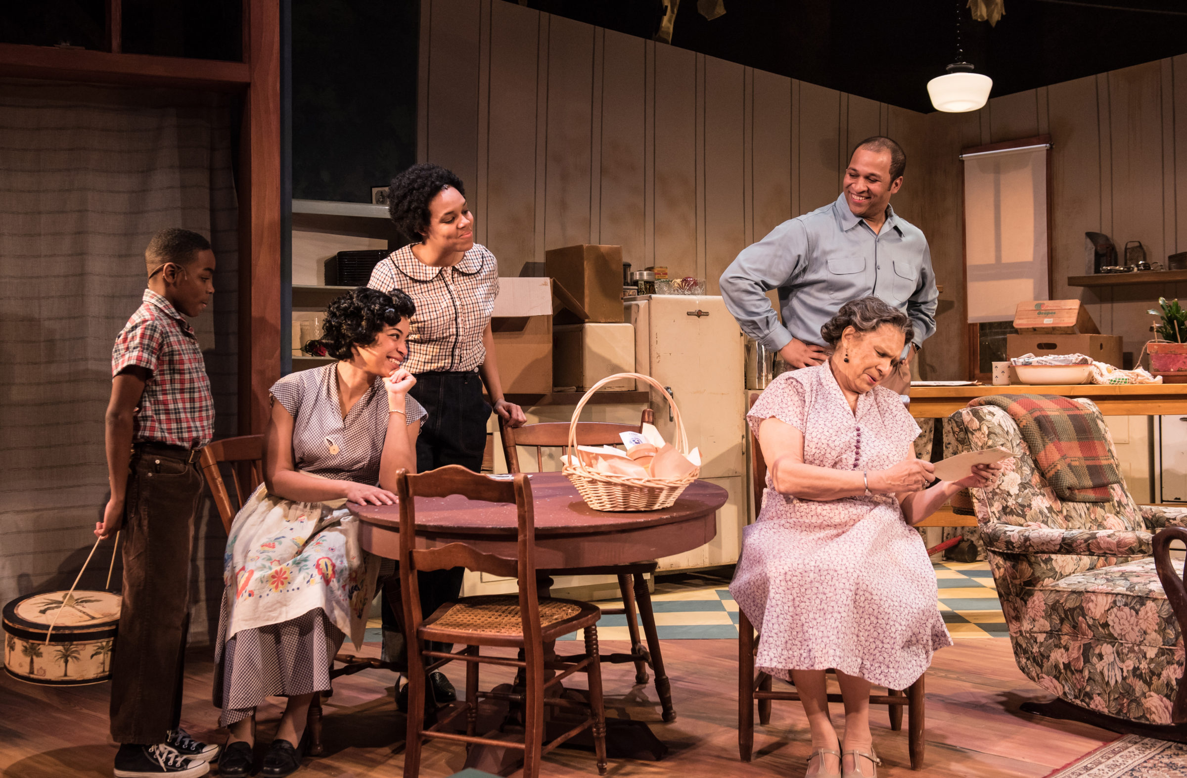 """A Raisin In The Sun"" Is A Richly Acted, Timeless Family Drama"