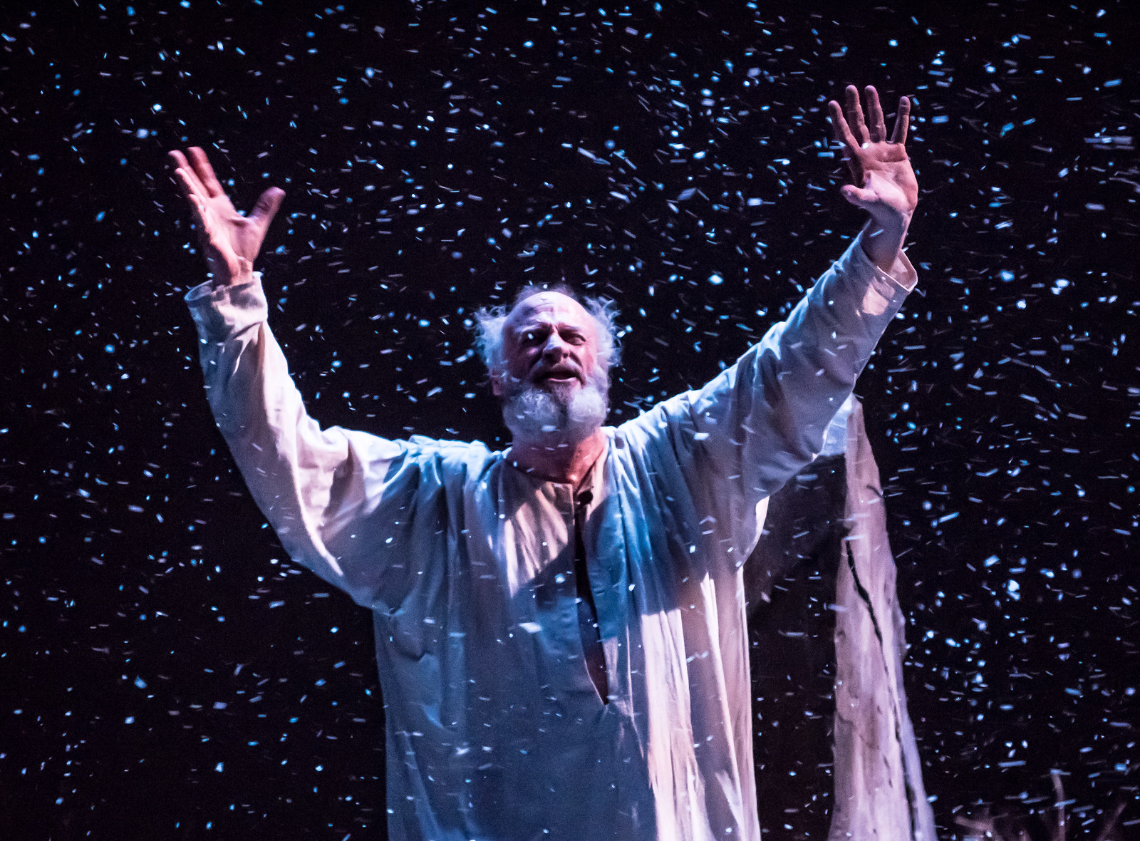 """Familiar Parenting Theme Plays Out In Quill's """"King Lear"""" At VMFA's Leslie Cheek Theater"""