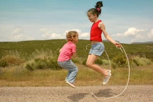 girls_jumpRope