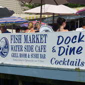 Thumb_sign-dock-n-dine