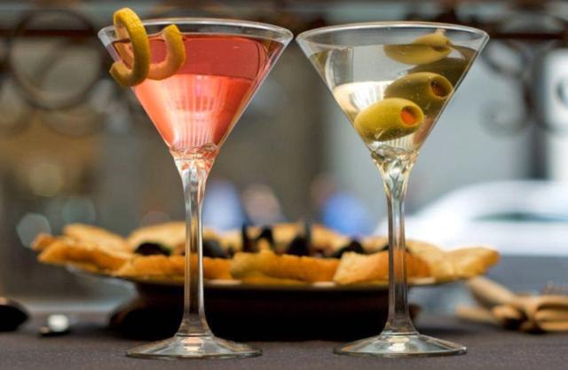 Large_martinis
