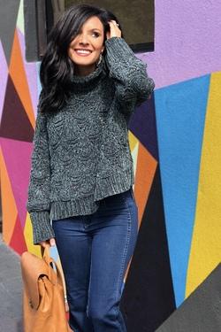 Make It Chic Sweater (Dark Green)