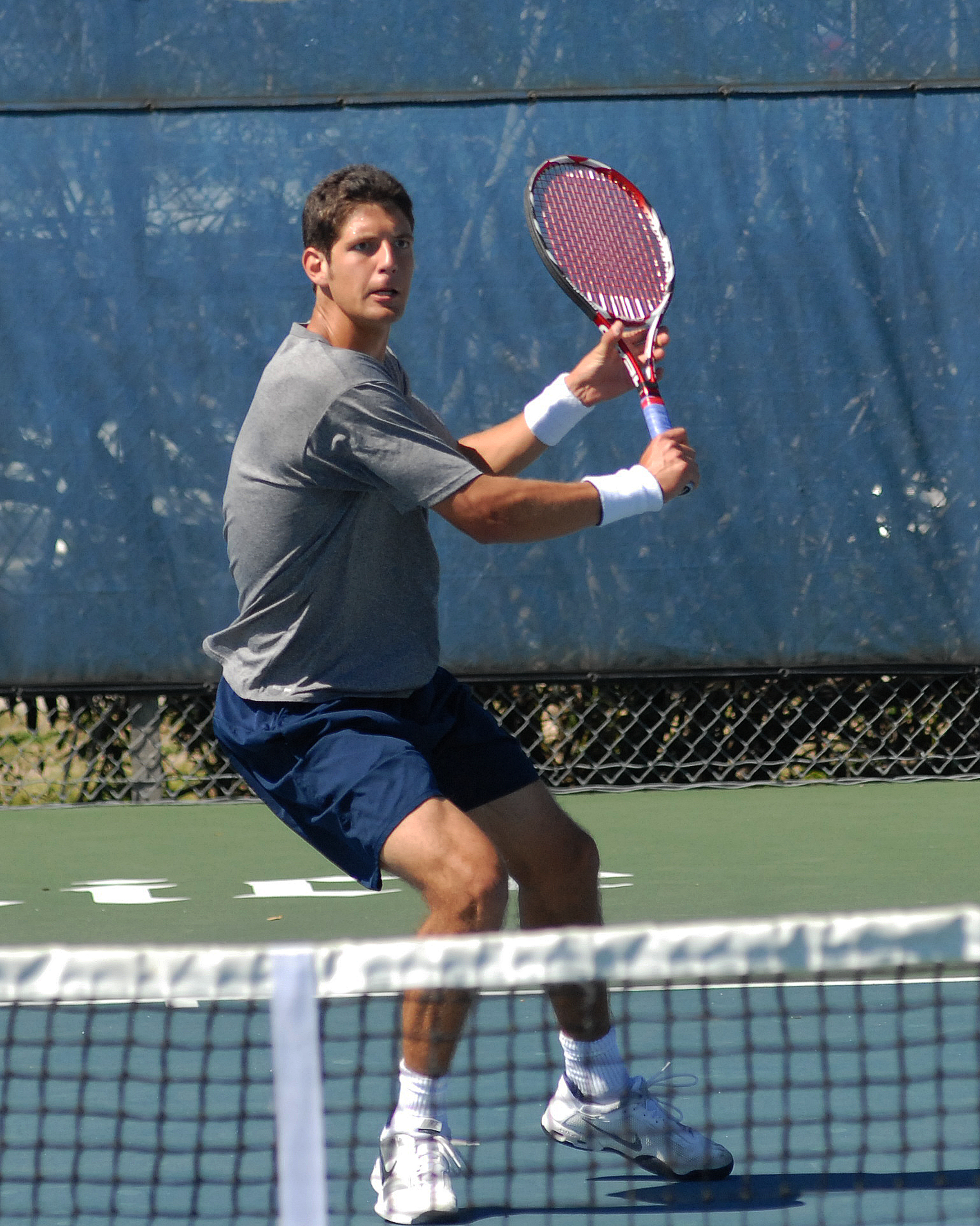 Oscar Podlewski was one of four Rice Owls to win in singles play during the first day of the 53rd Rice Fall Invite presented by Holiday Inn Hotel and Suites Medical Center.