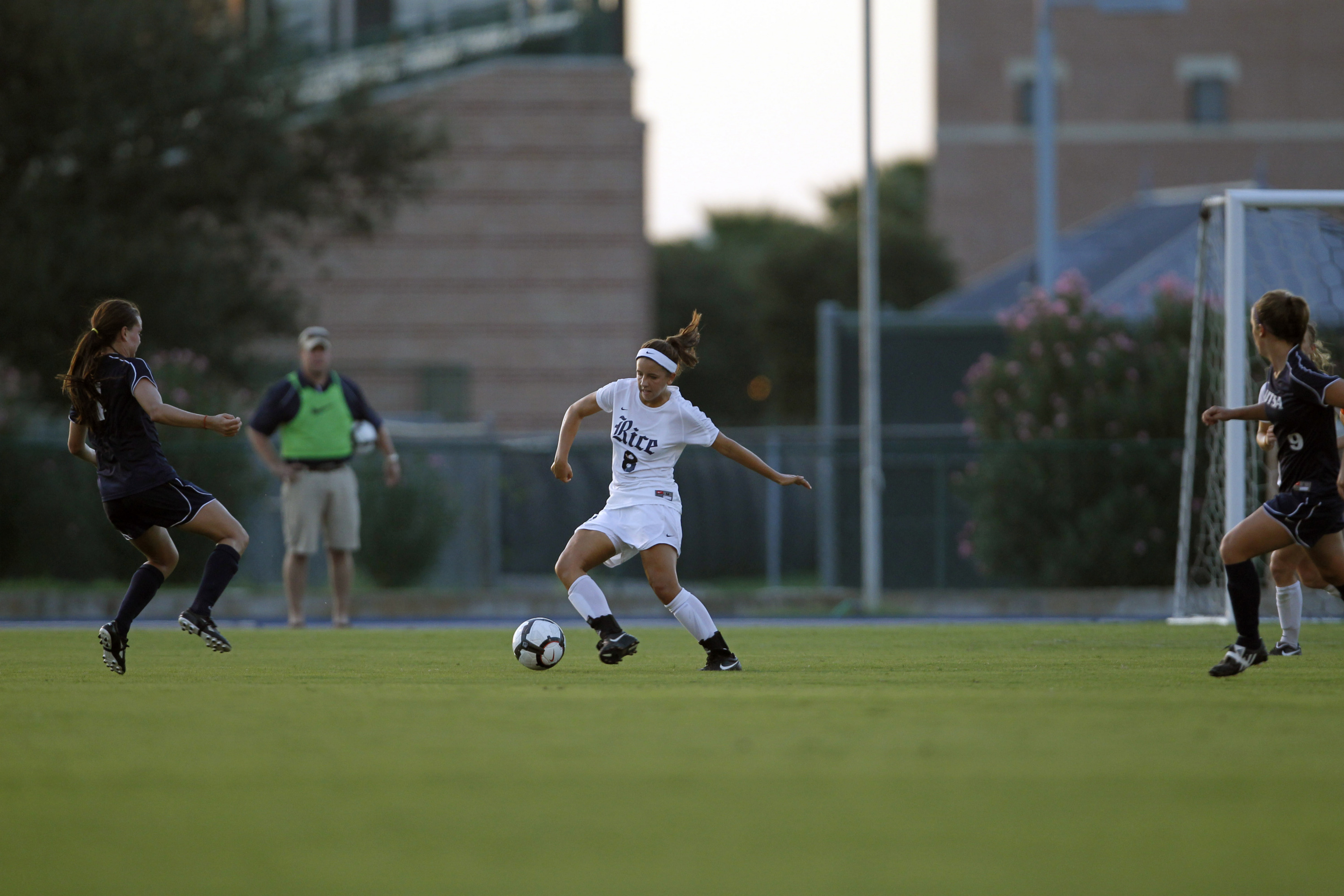 <b>The Owls open C-USA action Friday night.</b>