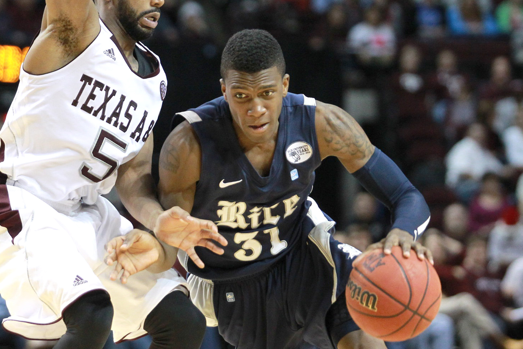 Dylan Ennis scored a game-high 18 points and had a career-high 10 rebounds in the Owls' game at Southern Miss.