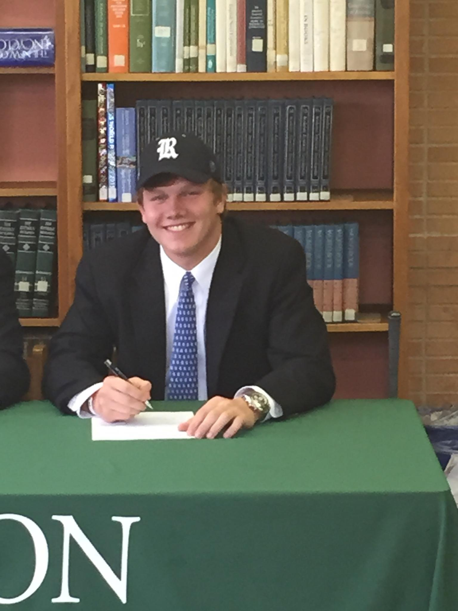 <b>Will Voetsch</b> signs his NLI for Rice.