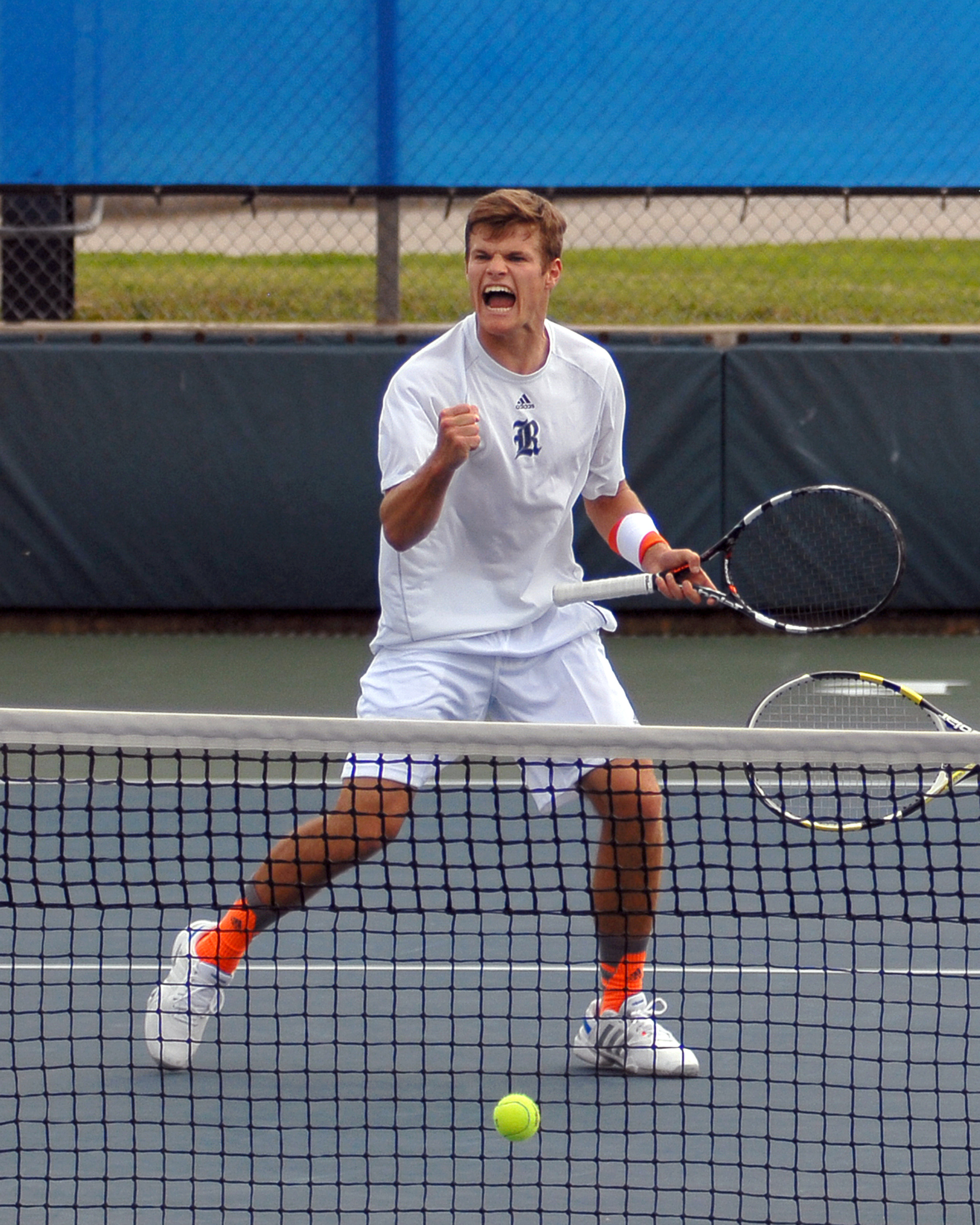 Tommy  Bennett rallied to clinch the match for Rice