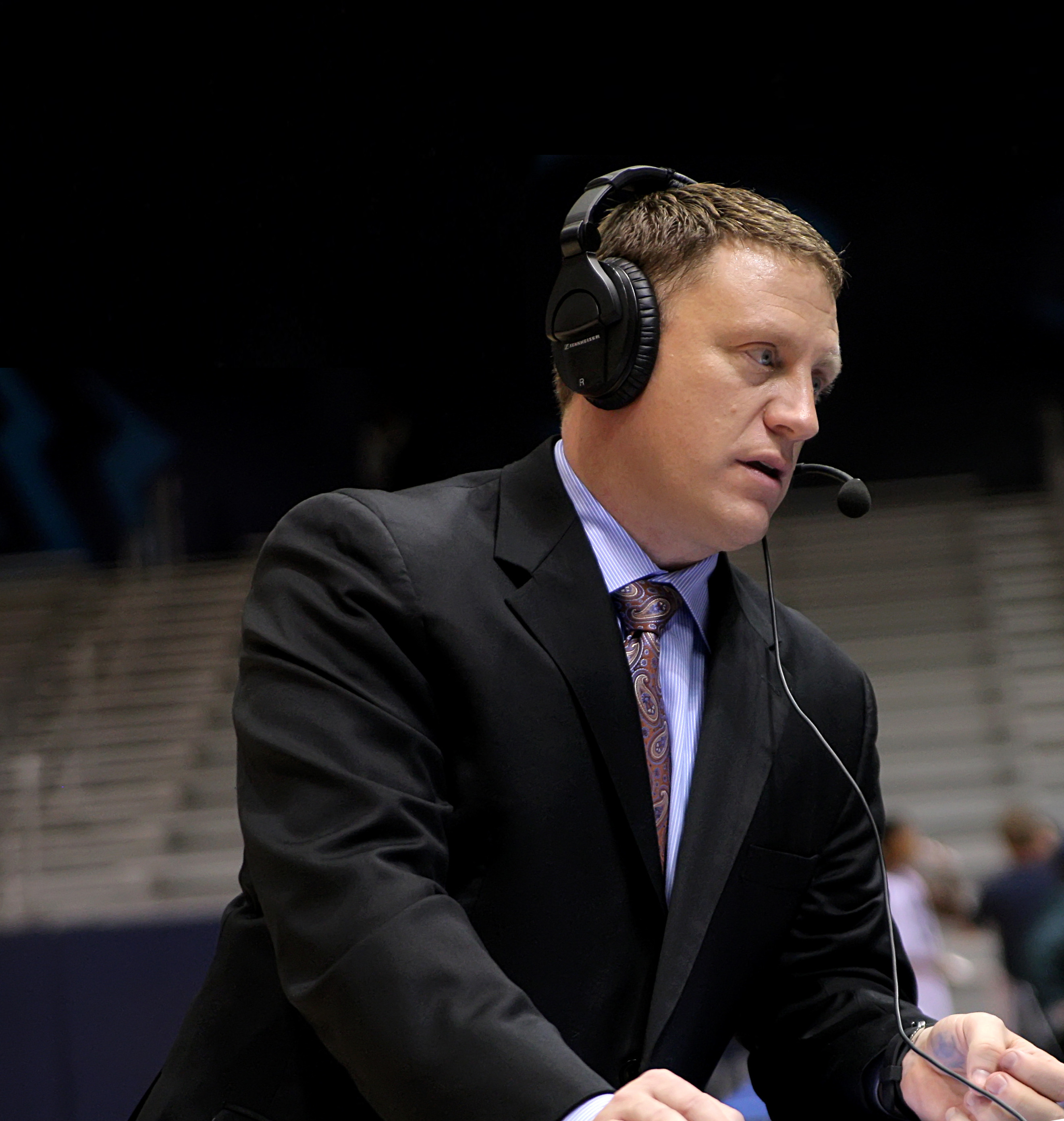 The Mike Rhoades Radio Show tips off this week.