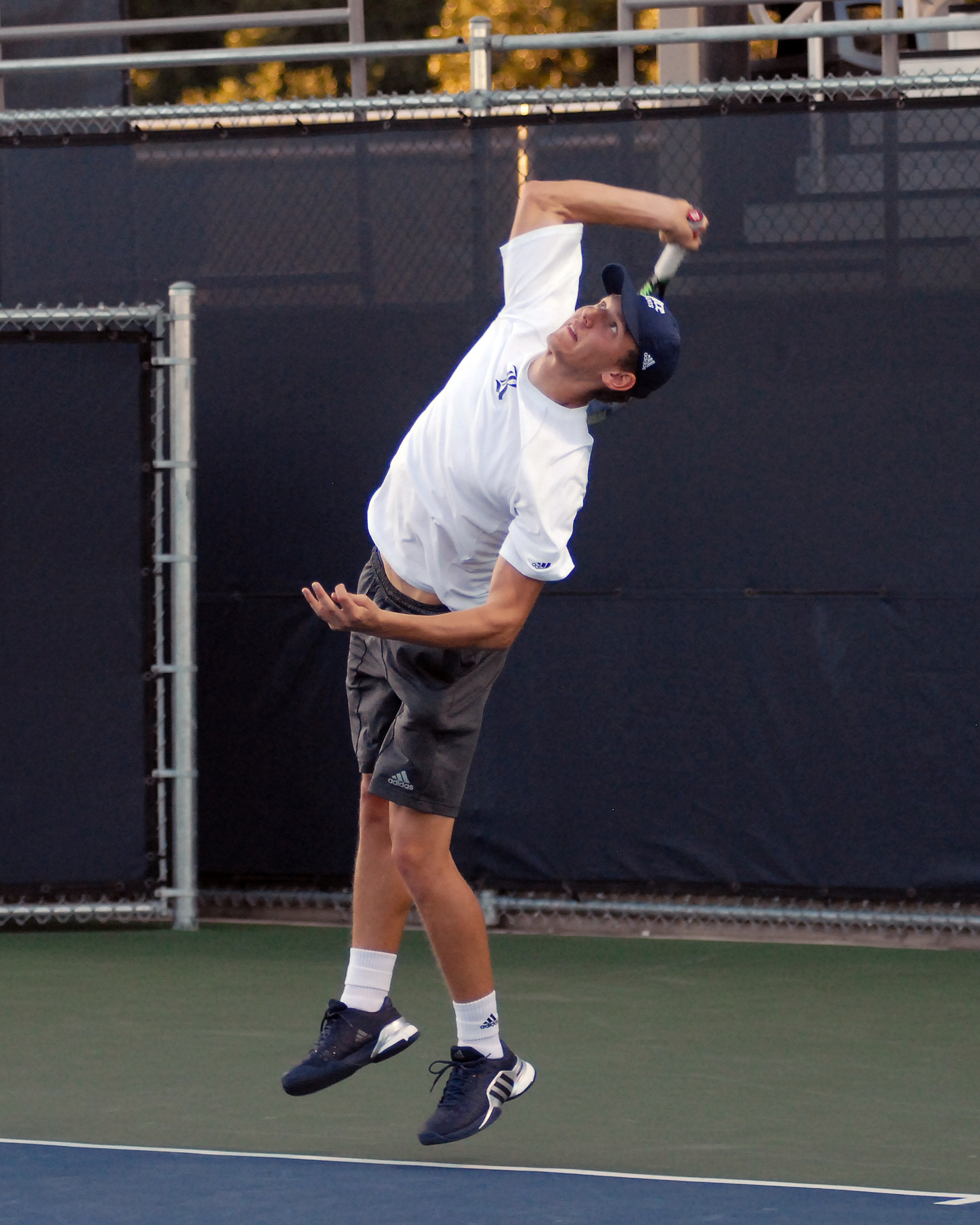 Henik Munch delivered the clincher for the Owls.