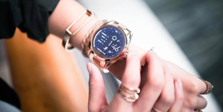 wardrobe-conscious watch