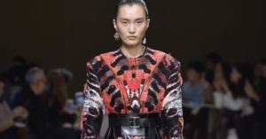 Alexander McQueen Fall 2018 Paris Fashion Week