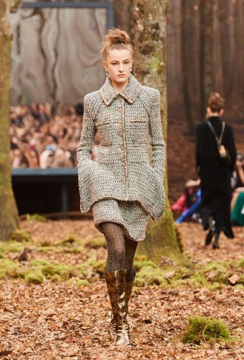 Chanel Fall 2018 Paris Fashion Week
