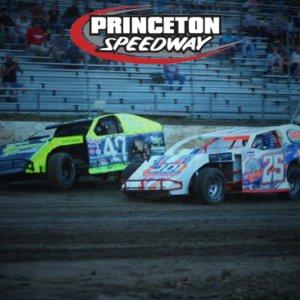 Weekly IMCA Modified Races