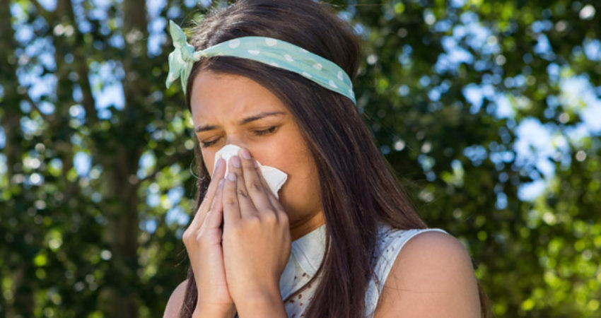 blog-sick-in-the-summer-what-causes-summer-colds-09282015