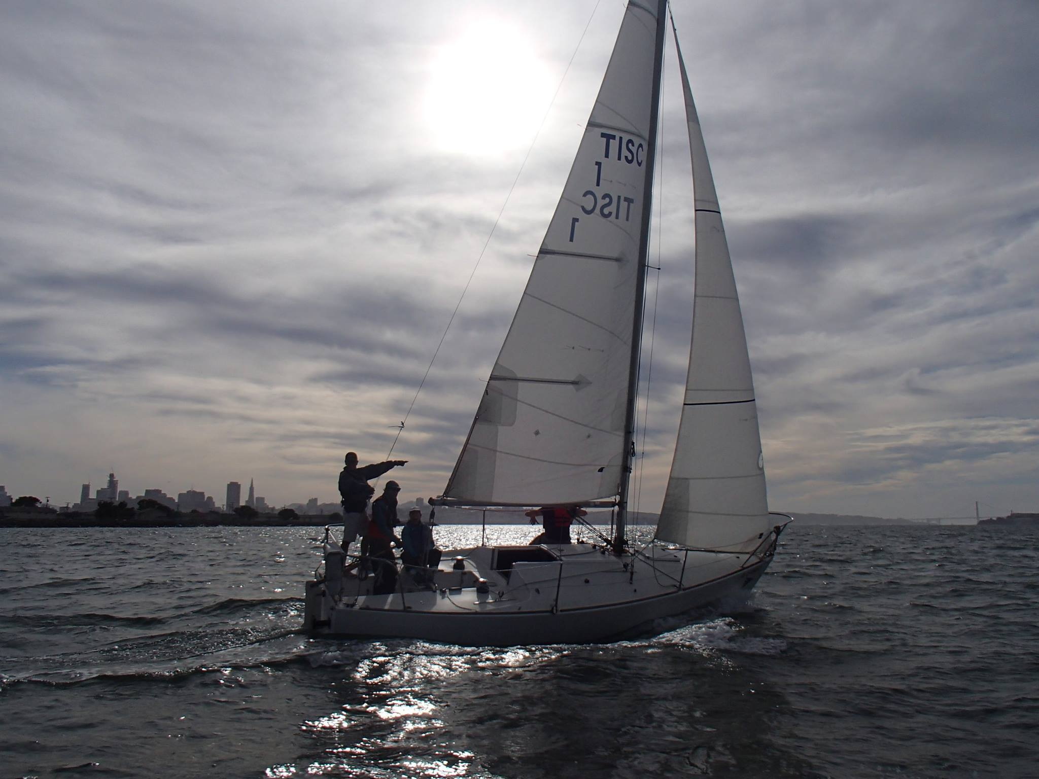San Francisco Sailing League - Learn to sail with friends in SF