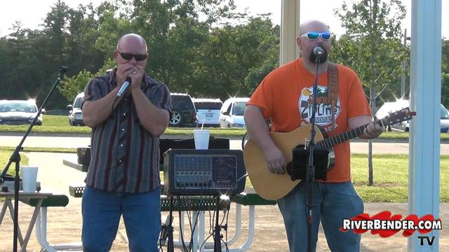 Grafton Music in the Park- Outlaw Express