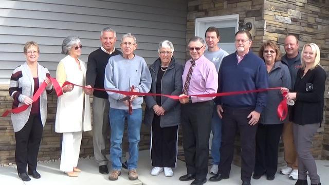 JCBA Cuts Ribbon for the Villas of Jerseyville Estates