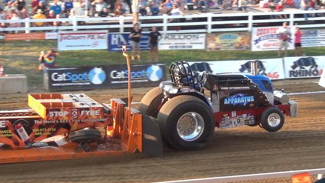 Lucas Oil Pro Pulling League Super Pro Showdown at the Jersey County Fair