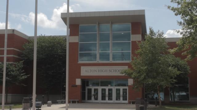 Alton High School Starts School Year with Students at Home