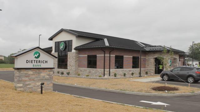 Dieterich Bank Opens for Business in Edwardsville.