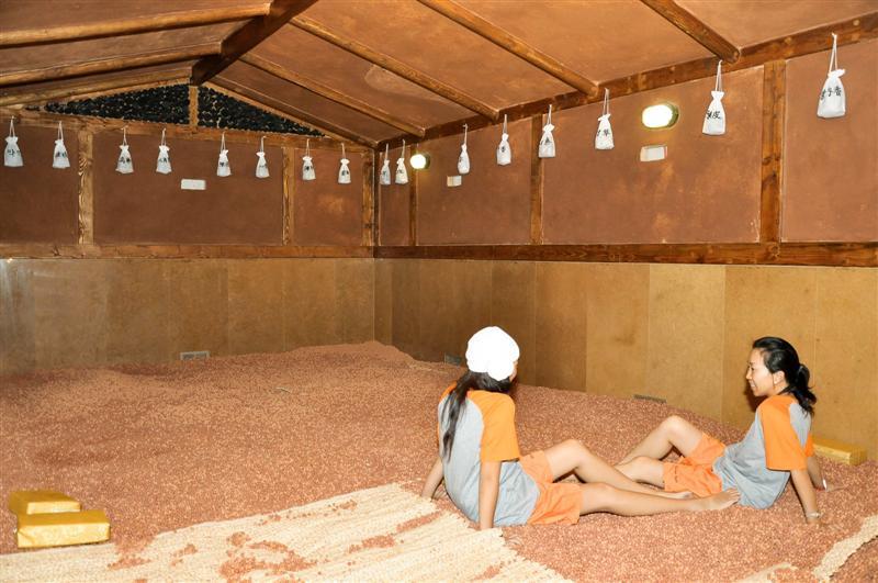 Korean Spa Amp Saunas For Men And Women Riviera Health Spa