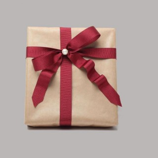 Violet gifts