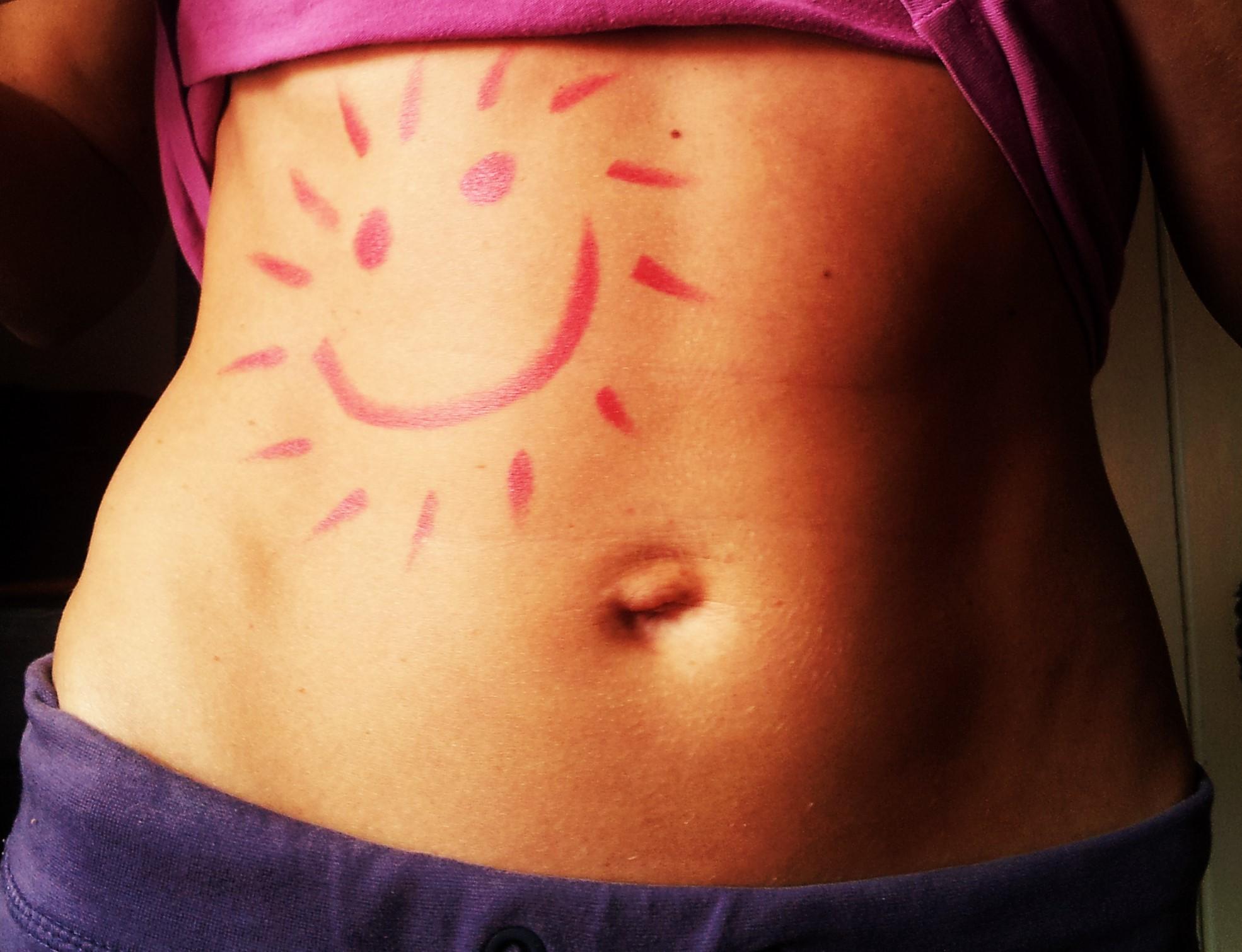 Bauch mit Sonne