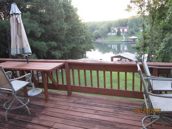 15min to campus-large home on lake tusca