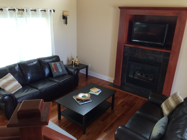 Beautiful, spacious home in Peninsula IC