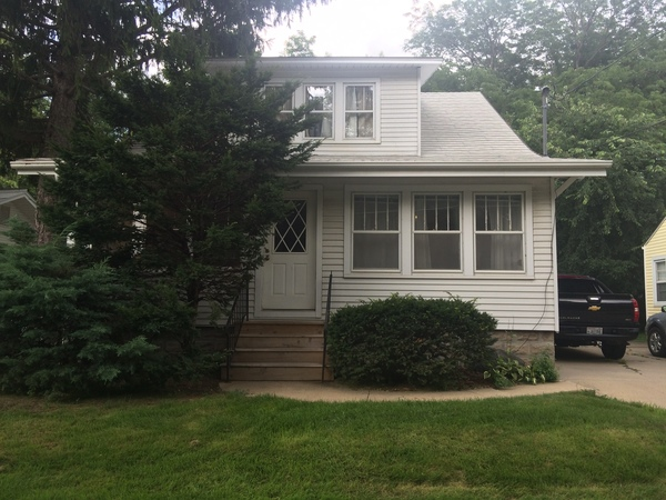 Melrose Ct  <5-minute walk to Kinnick