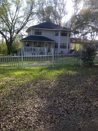 House and yard  3 10 2014 194