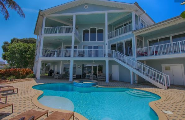 Beachcomber's Luxury Home