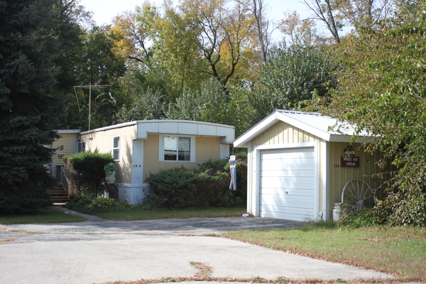 MANUFACTURED HOME IN PRIVATE SUBDIVISION