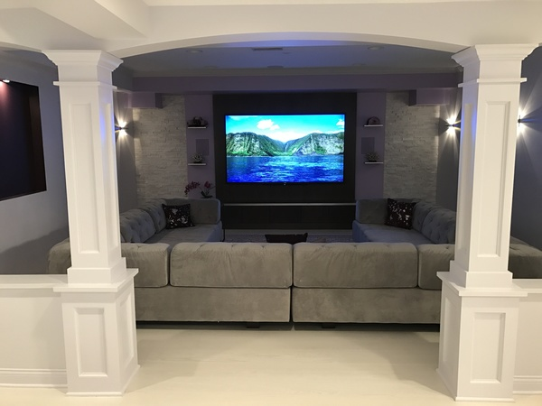"beautiful 5BR home with 90"" HDTV"