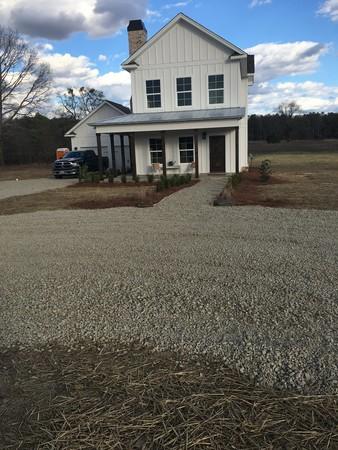 Perfect Auburn Farmhouse!
