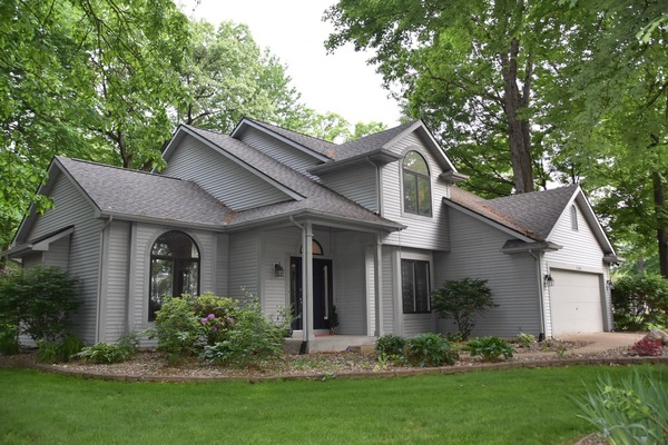 Spa-like Master Suite, 3BR Home near ND