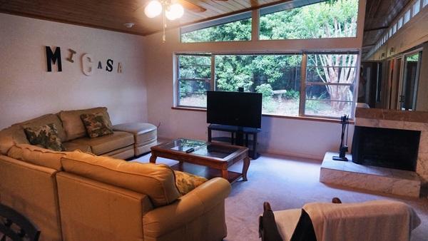 Large Quiet Home - UF