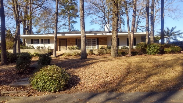 Cayce Homes minutes to Downtown!