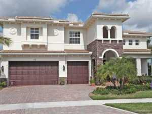 5 bed 5 bath home in beautiful gated com